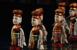 water-puppets